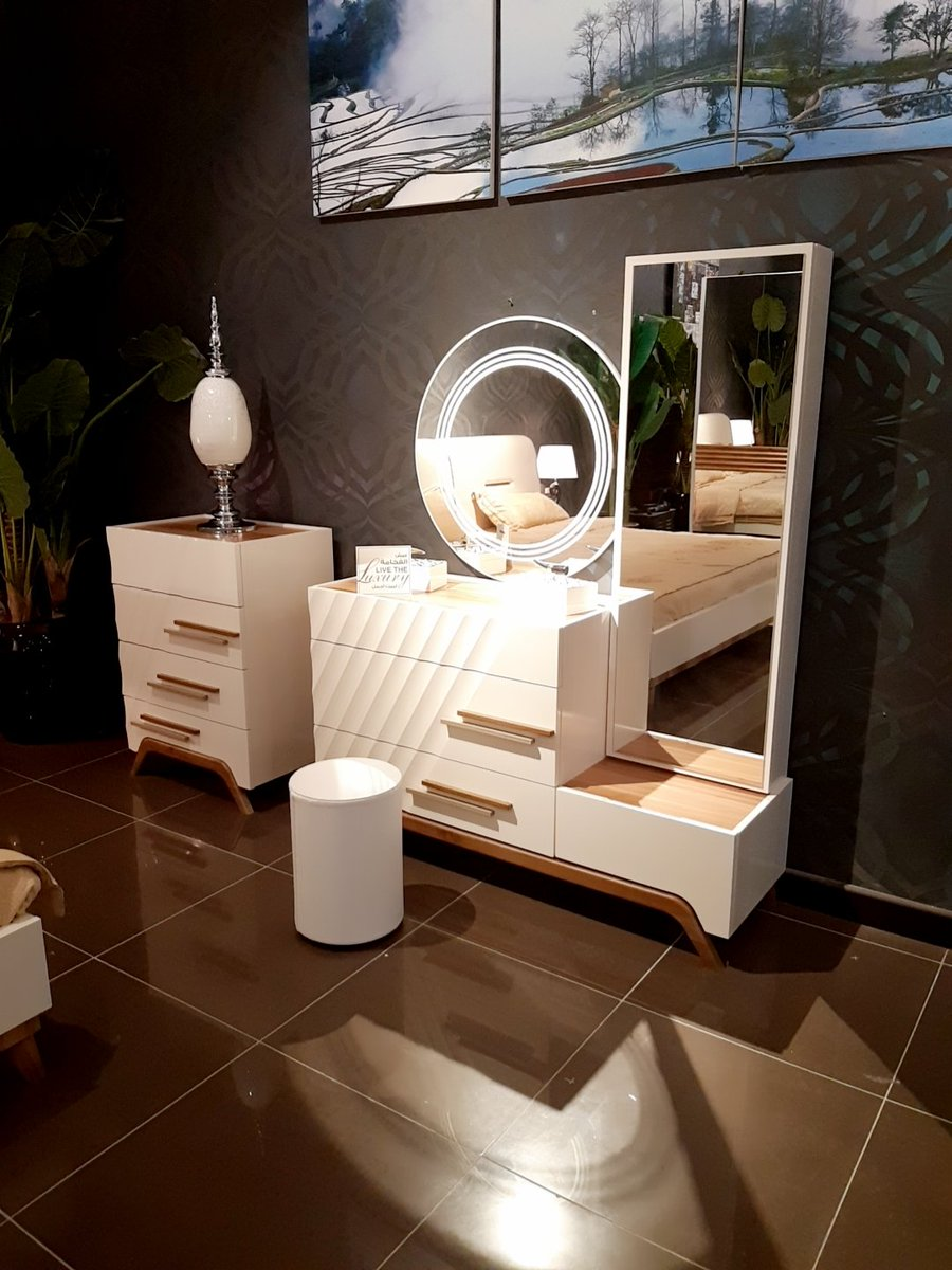 صورة تسريحة غرفة النوم , تصاميم تغير في شكل غرفة النوم ابتداءا من التسريحه