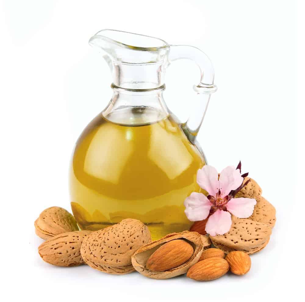 صورة فوائد زيت اللوز المر للشعر , اطالة و لمعان الشعر باستخدام افضل الزيوت 3636 2