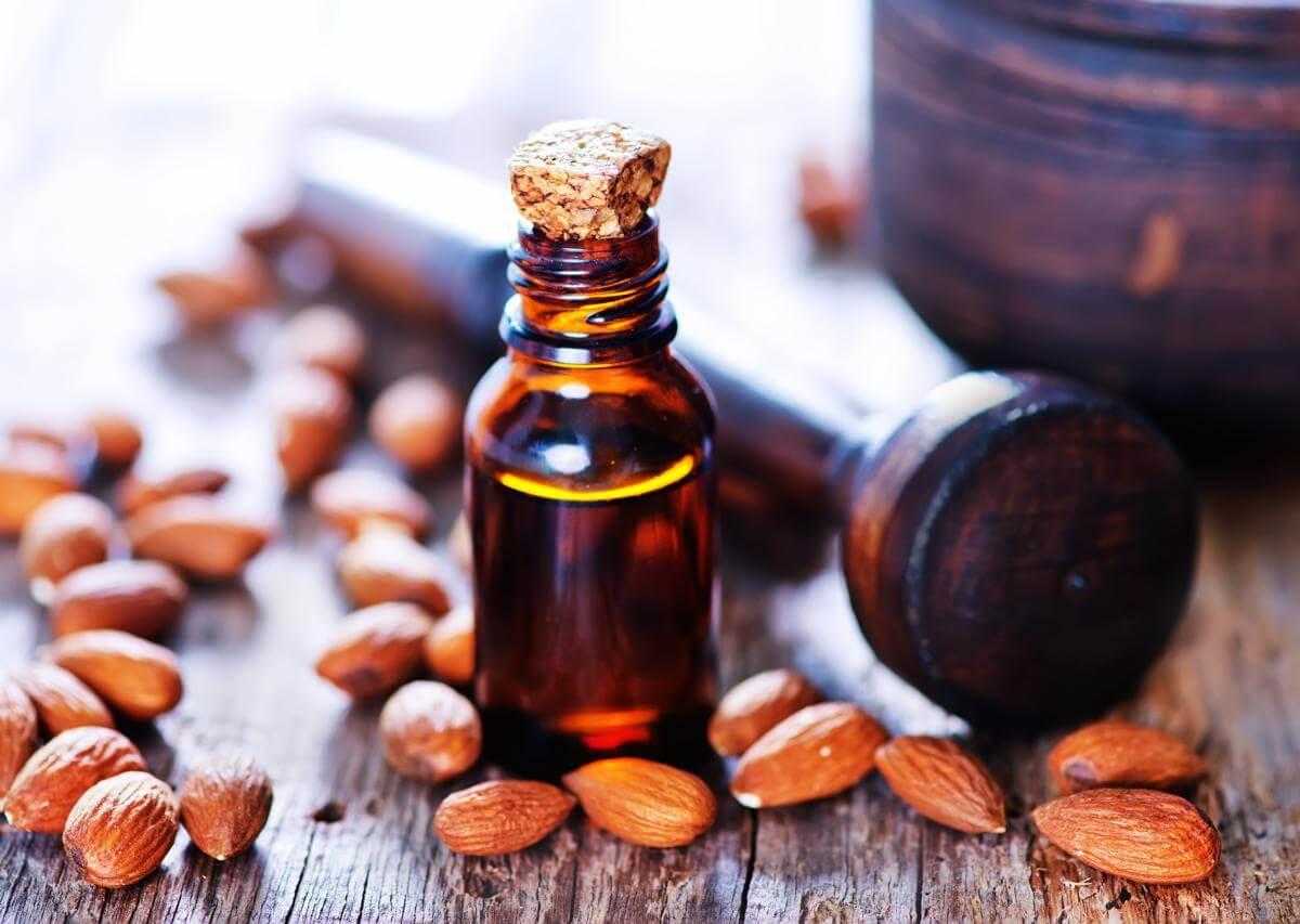 صورة فوائد زيت اللوز المر للشعر , اطالة و لمعان الشعر باستخدام افضل الزيوت 3636 5