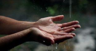 صورة تفسير الاحلام الدعاء تحت المطر , معني الدعاء والمطر بينزل في الحلم