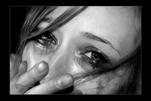 صورة صور عيون حزينة تقطع القب , اصعب صور لعيون حزينه لازم تخليك تتاثر بيها 3401 1