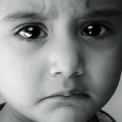 صور صور حزينه اطفال , اجمل صور لاطفال حزينه اطفال زعلانين