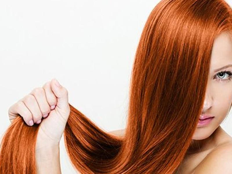 صورة صبغة الشعر الطبيعية بالكركم , احصلي على لون شعر ذهبي في المنزل