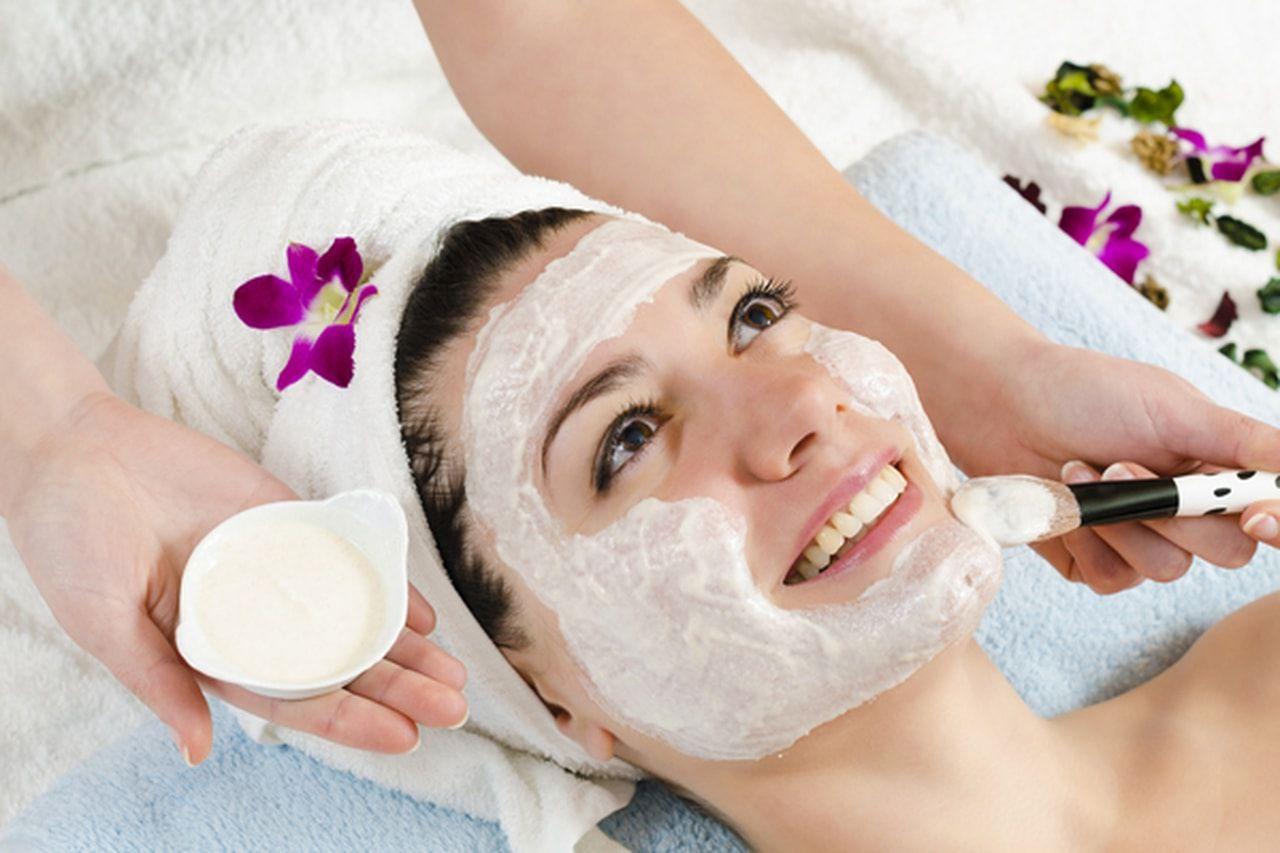 صورة غسول طبيعي للبشرة الدهنية , كيف تحافظين على بشرتك دهنية بطريقة طبيعية