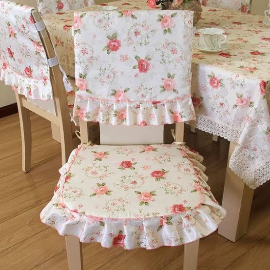 صورة طريقة عمل غطاء كراسى السفرة , احدث اشكال اغطية الكراسي وطريقة تفصيلها