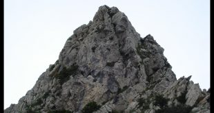 صورة تفسير حلم صعود الجبل للعزباء , ماذا يدل حلم صعود الجبل للفتاة العزباء