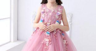 صورة اختاري فستان رائع لابنتك , احدث فساتين الاطفال